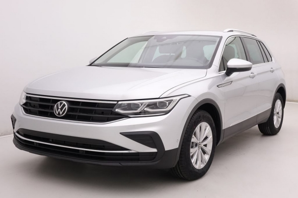 Volkswagen Tiguan 1.5 TSi 150 Life + GPS + Sport Seats + Pack Hiver + Feux Feux LED
